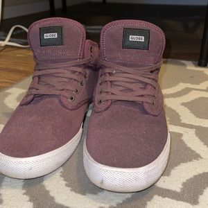 Men's globe skater sneakers. Size 9.5